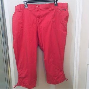 Plus. Sized Capri Pants